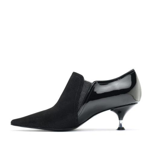 Botas cortas en punta color negro RALLYS