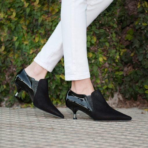 Zapatos taco medio tipo botitas RALLYS