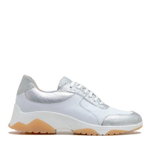 Zapatillas en blanco con glitter