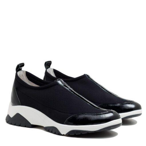 Zapatillas de tela elastizada color negro con charol para Mujer