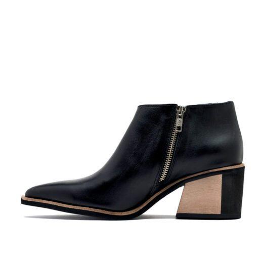 Botas en cuero color negro taco madera RALLYS