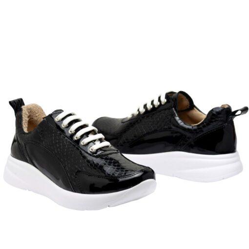 Zapatillas en charol negro RALLYS