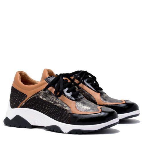 Zapatillas negras y suela RALLYS
