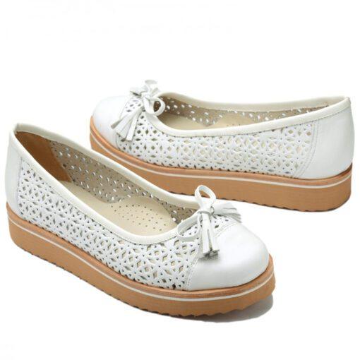 Zapatos blancos calados RALLYS